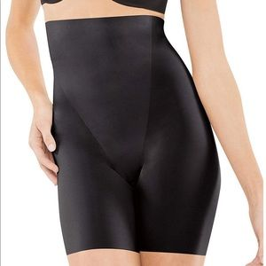 SPANX TRUST YOUR THINSTINCTS HIGH-WAIST MID-THIGH